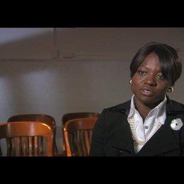 Viola Davis über den Reiz Ihrer Rolle - OV-Interview Poster