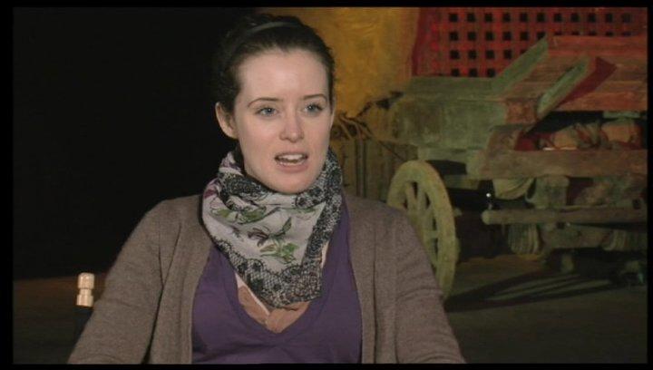 Claire Foy über ihre Rolle - OV-Interview Poster