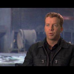 McG über den Look des Films - OV-Interview Poster