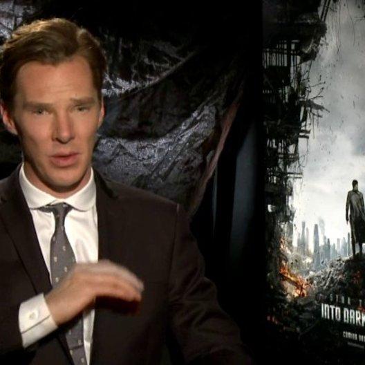 Benedict Cumberbatch - John Harrison - über den Spass den er beim Spielen seiner Rolle hatte - OV-Interview Poster