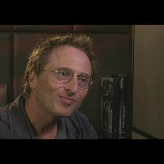 Ron Johnson über seine Reaktion auf das Drehbuch - OV-Interview Poster