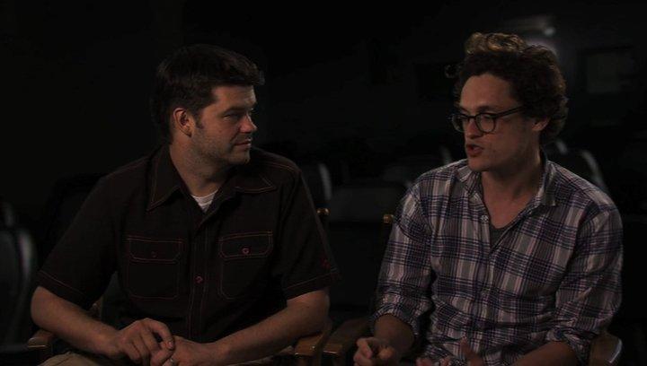Phil Lord und Christopher Miller über die Story - OV-Interview Poster