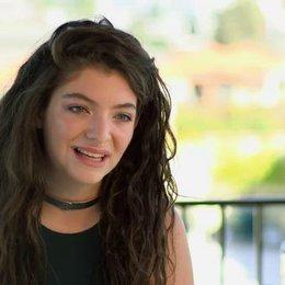 Lorde - Sundtrack - über den Soundtrack - OV-Interview Poster