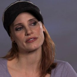 Jessica Chastain über Annabels Geschichte - OV-Interview Poster