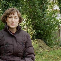 Marie Leuenberger - Emilie über die Beziehung zwischen Emilie und Georg - Interview Poster