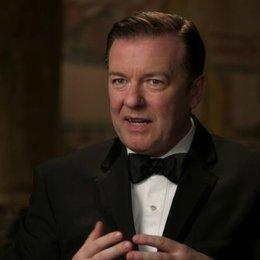Ricky Gervais über die Beziehung zwischen McPhee und Larry - OV-Interview Poster