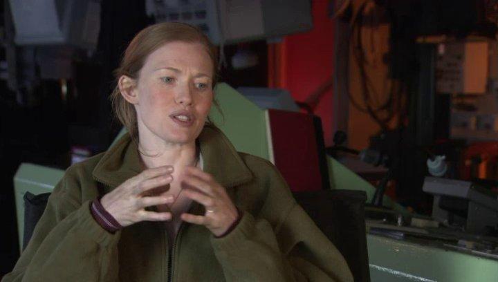 Mireille Enos - Karin Lane - über ihre Rolle - OV-Interview Poster