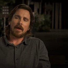 Christian Bale über Joel Edgerton - OV-Interview Poster