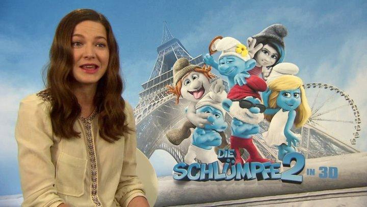 Hannah Herzsprung -Schlumpfine- über das Sprechen im Synchronstudio - Interview Poster