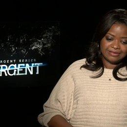 Octavia Spencer - Johanna - was Insurgent besonders macht - OV-Interview Poster