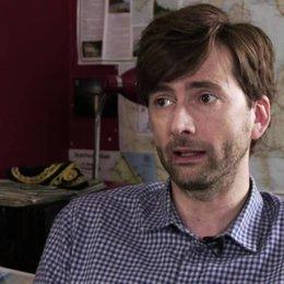 David Tennant darüber was den Zuschaür erwartet - OV-Interview Poster