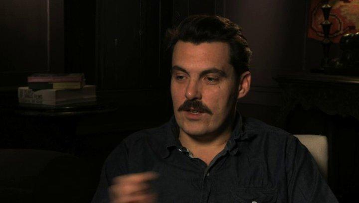 Joe Wright über die Entstehung des Projekts - OV-Interview Poster