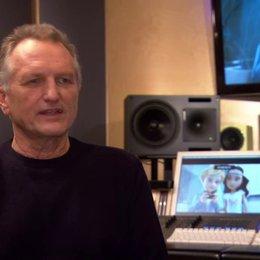 Peter Claridge (Regisseur) über Nano und Lilly - Interview Poster