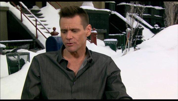 Jim Carrey über die Zusammenarbeit mit Angela Lansbury - OV-Interview Poster