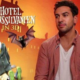 Elyas M Barek über das Verhältnis zwischen Graf Dracula und Jonathan - Interview Poster