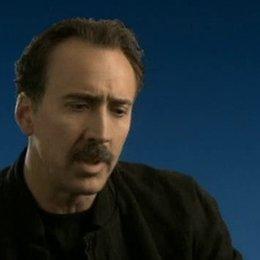 Nicolas Cage über die Geschichte, seine Rolle und Oliver Stone. - OV-Interview Poster