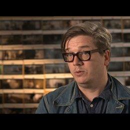 TOMAS ALFREDSON -Regisseur- über JOHN LE CARRE - OV-Interview Poster