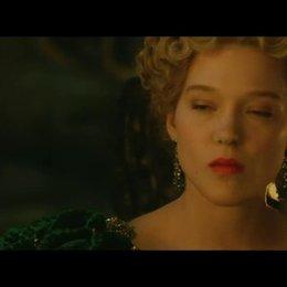 Belle fordert das Biest heraus - Szene Poster