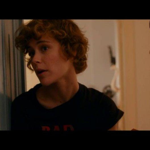 Helen lernt Corinna kennen - Szene Poster