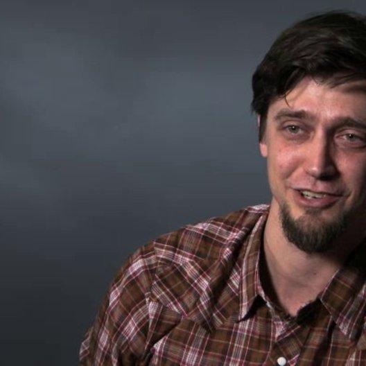 Andy Muschietti über die Zusammenarbeit mit Guillermo del Toro - OV-Interview Poster