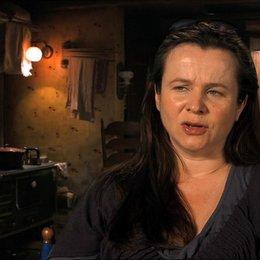 Emily Watson - Rosa - über die Beziehung von Liesel und Rosa - OV-Interview Poster