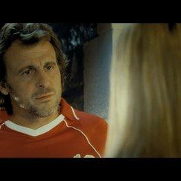 David steht mitten in der Nacht vor Valeries Tür - Szene Poster