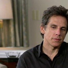 Ben Stiller - Walter Mitty, Produzent, Regisseur - über den Prozess sich selbst Regieanweisungen zu geben - OV-Interview Poster