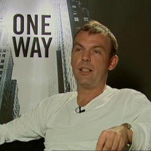 Produzent Tom Zickler über Selbstjustiz, Til Schweiger als Produzent und die Dreharbeiten in Toronto - Interview Poster