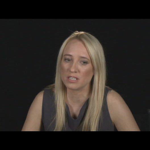 Miranda de Pencier über Beth und Adam - OV-Interview Poster