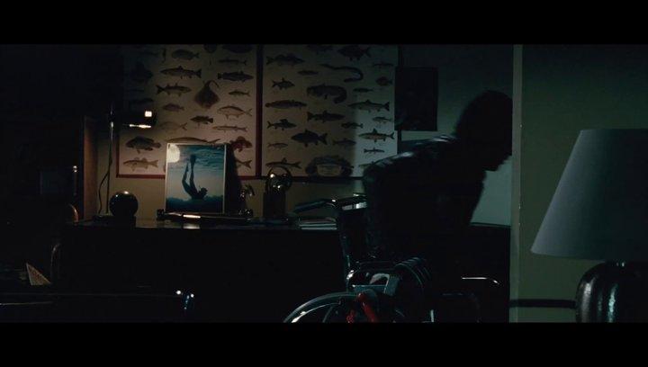 Good Neighbours - OV-Trailer Poster