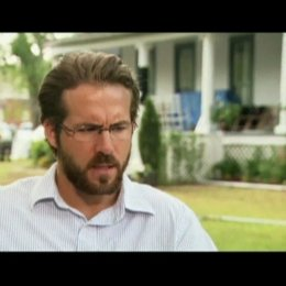 Interview mit Ryan Reynolds (Michael Taylor) - OV-Interview Poster