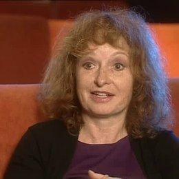 Regisseurin Vivian Naefe über Theaterszenen und die besondere Herausforderung des Films. - Interview Poster