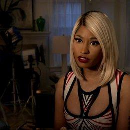 Nicki Minaj - Lydia - über Patricia Field - OV-Interview Poster