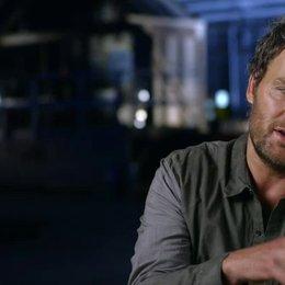 Jason Clarke - Malcolm - über Gary Oldman als Dreyfus - OV-Interview Poster