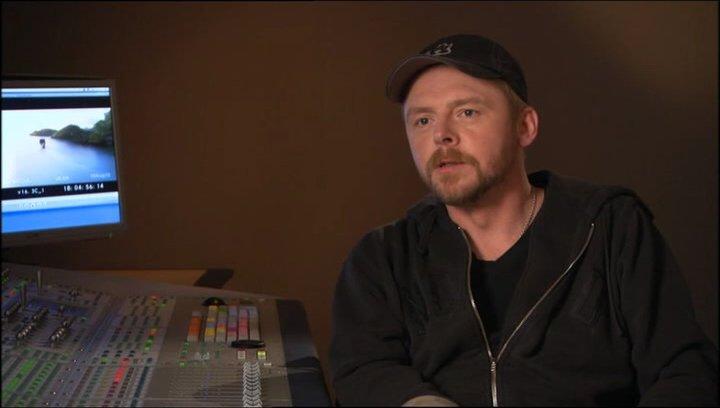 Simon Pegg über die Beziehung zu Eustachius - OV-Interview Poster