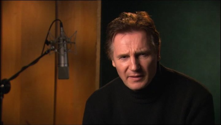 Liam Neeson über Aslans Beziehung zu Lucy und Edmund - OV-Interview Poster