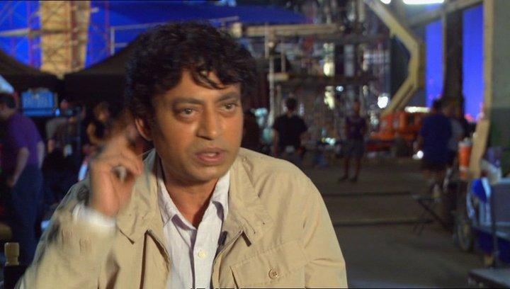 """Irrfan Khan - """"Erwachsener Pi Patel"""" über den Film - OV-Interview Poster"""