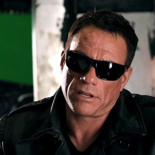 Jean-Claude Van Damme -Jean Vilain- über das Training für den Film - OV-Interview Poster