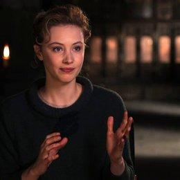 Sarah Gadon - Mirena - über Mirenas Geschichte im Film - OV-Interview Poster