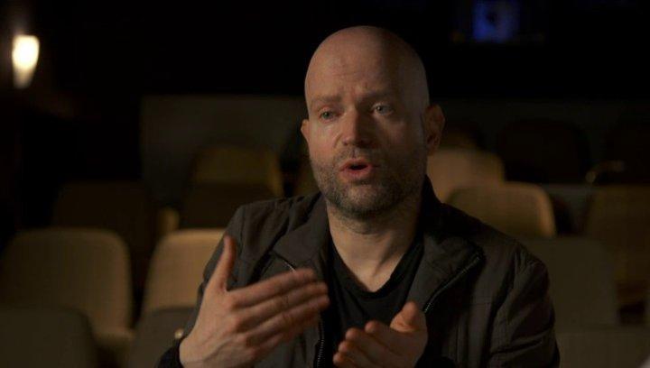 Marc Forster - Regisseur - über die Zusammenarbei mit Brad Pitt - OV-Interview Poster