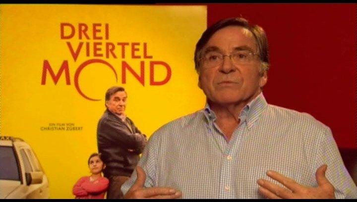 Elmar Wepper (Hartmut Mackowiak) über das Drehbuch, seine Rolle, die Geschichte, Hayat - Interview Poster