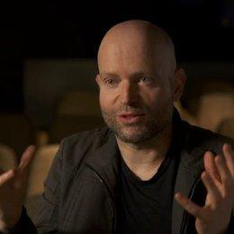 Marc Forster - Regisseur - darüber wie die Zuschauer auf den Film reagieren werden - OV-Interview Poster