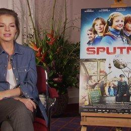 Yvonne Catterfeld über die Zusammenarbeit mit den Kindern - Interview Poster