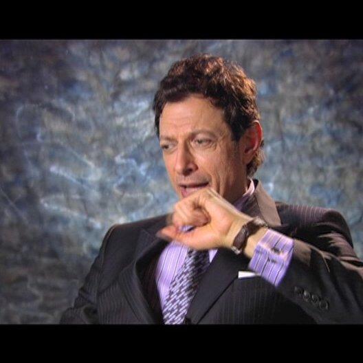 Jeff Goldblum ueber die Zusammenarbeit mit Jason Bateman - OV-Interview Poster