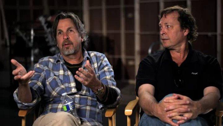 Peter und Bobby Farrelly über die einzigartige Rolle für Jeff Daniels - OV-Interview Poster