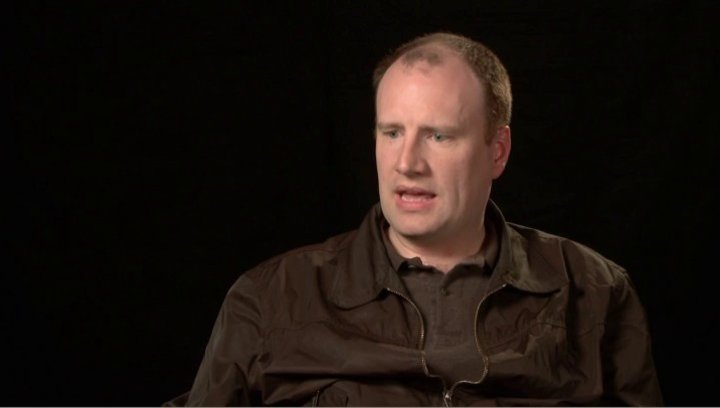 Kevin Feige - Produzent - über Den Look - OV-Interview Poster