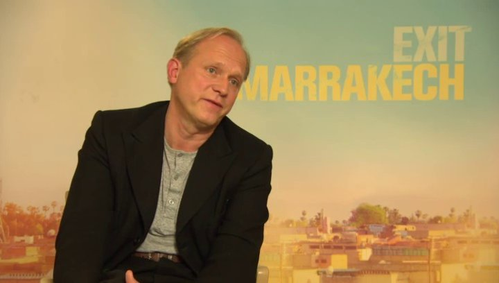 Ulrich Tukur - Heinrich - über Dreharbeiten im Ausland - Interview Poster