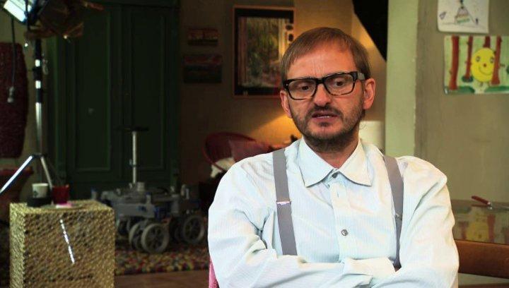 Milan Peschel über seine Rolle - Interview Poster