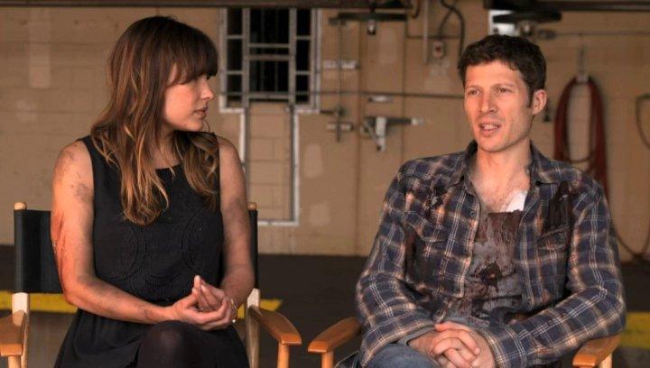 Zach Gilford - Shane - und Kiele Sanchez  - Liz - über den Film - OV-Interview Poster