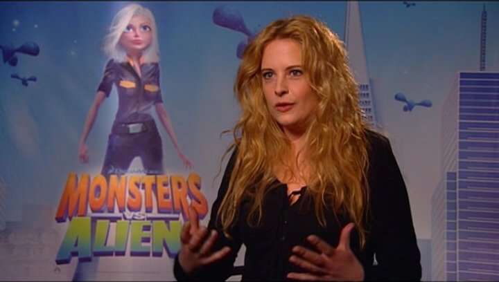 Diana Amft / über Susans Verwandlung in MONSTERS vs ALIENS - Interview Poster